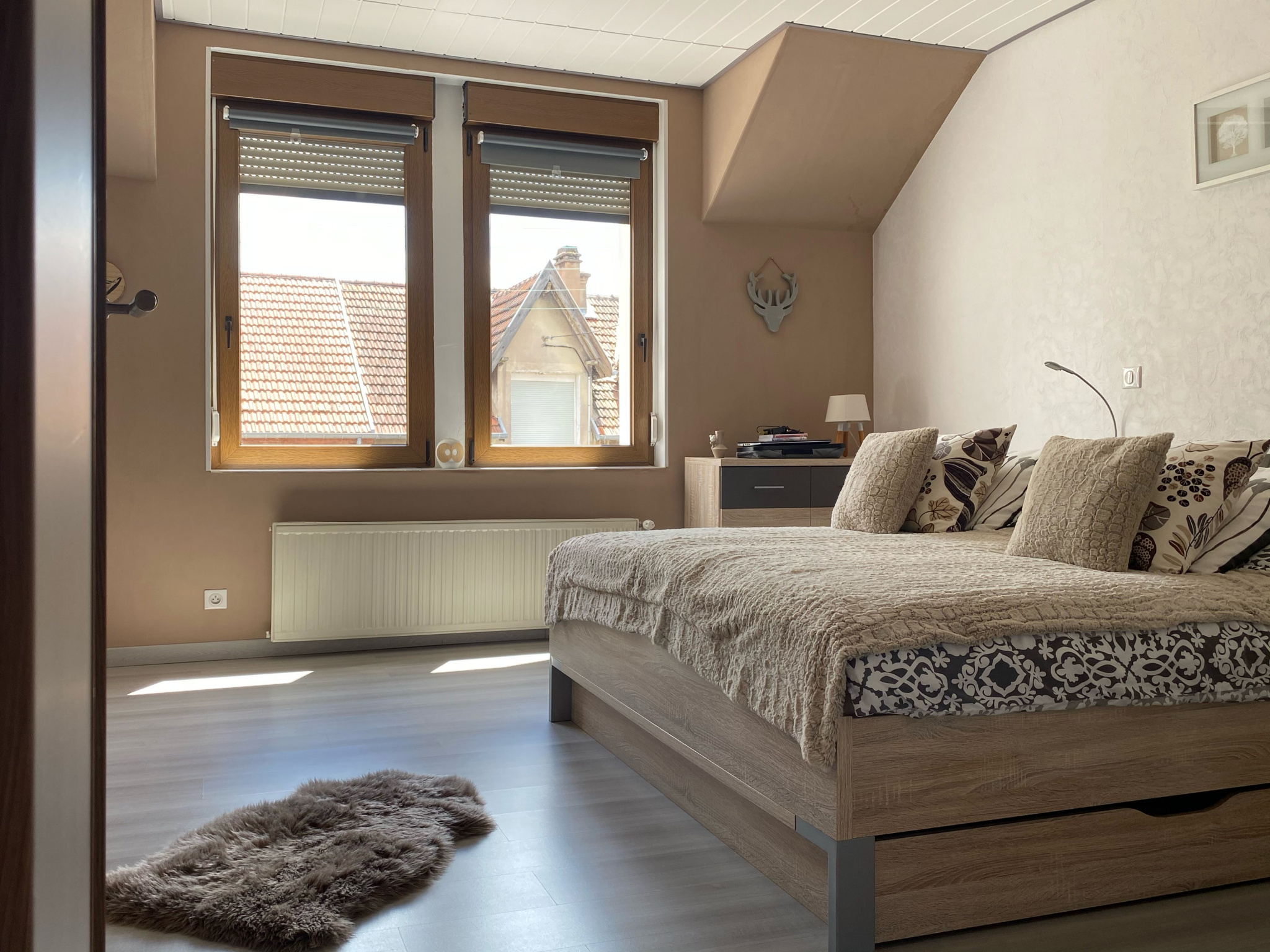 chambre spacieuse avec dressing